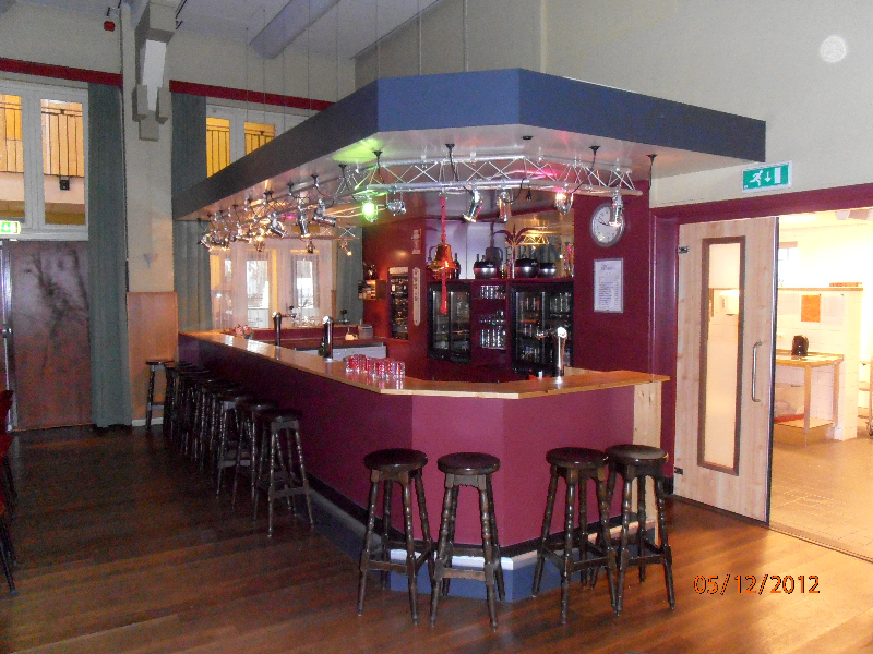 Bar Buurthuis 3
